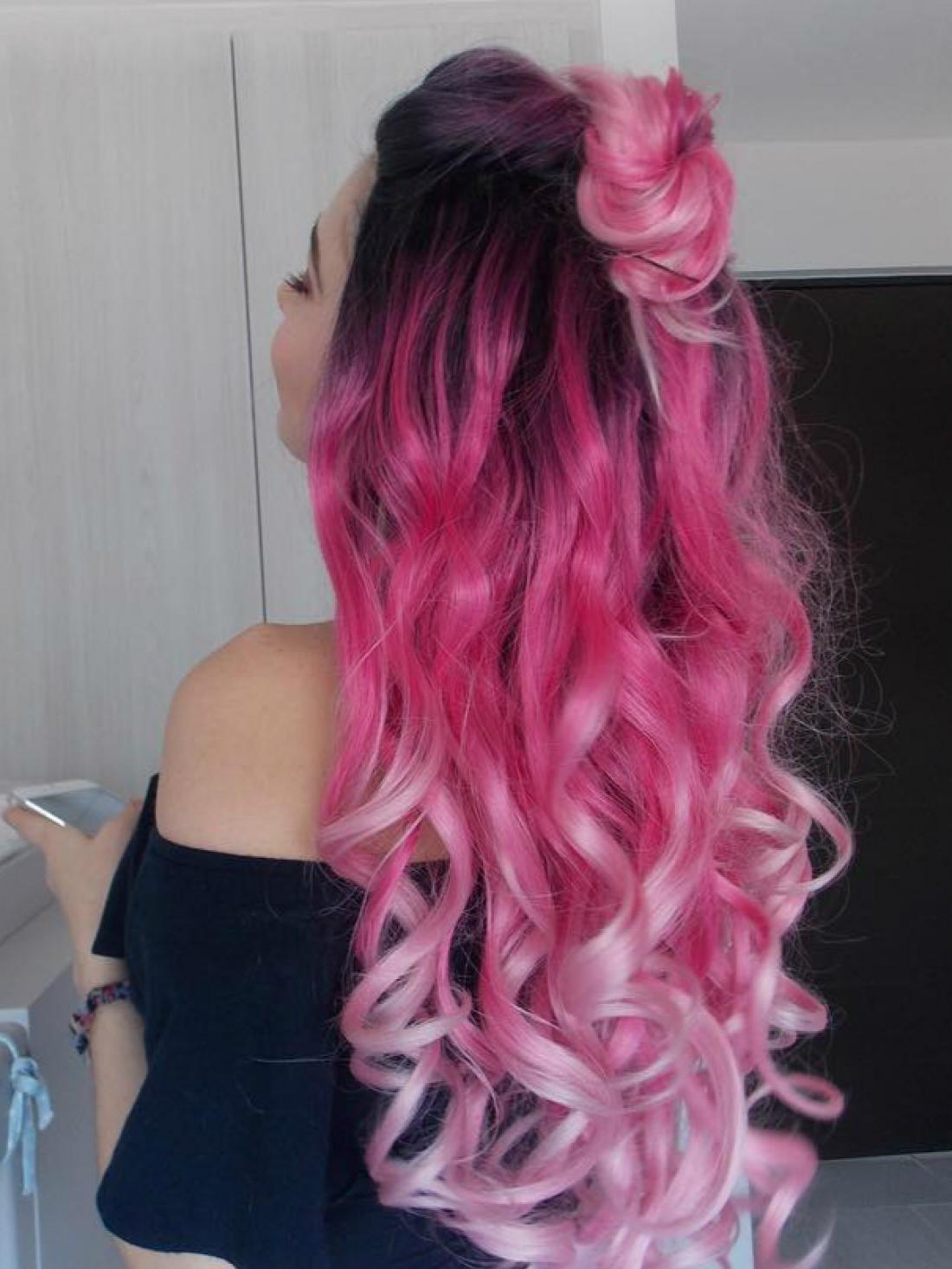 Graduated Pink Color With Dark Hair Root Long Wavy Style
